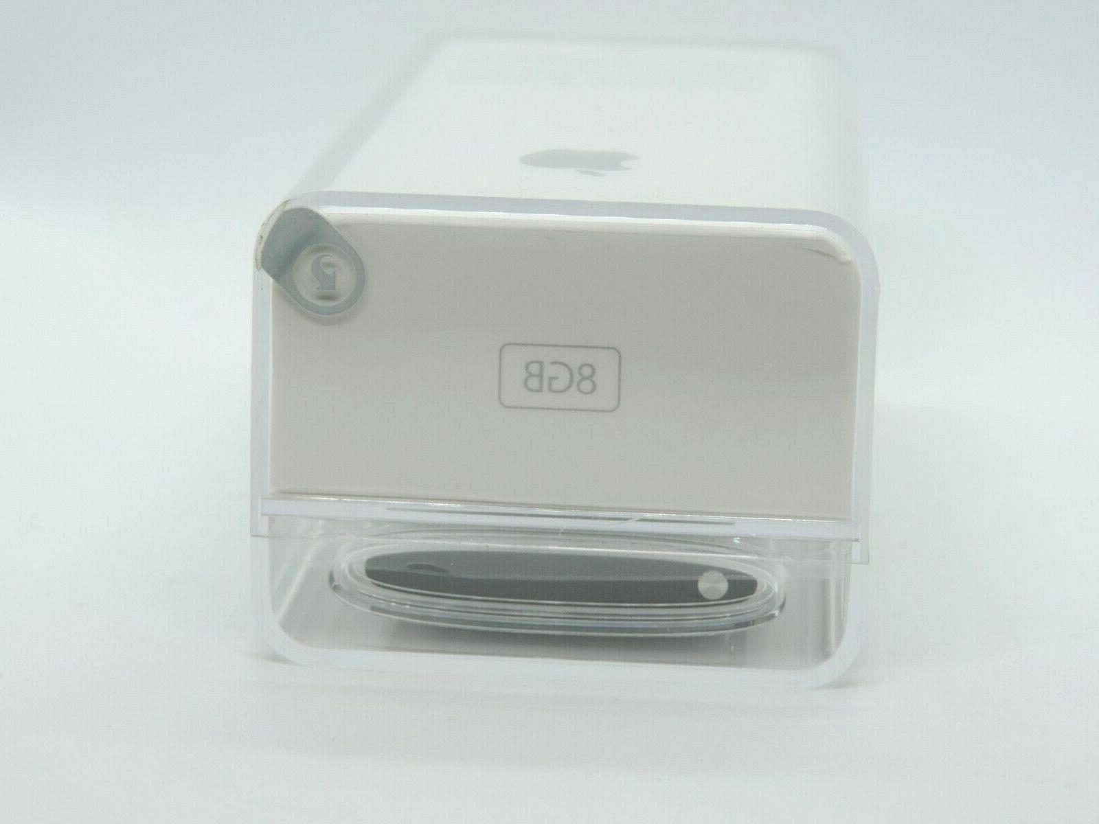 Apple iPod nano Generation Silver MC027LL/A MP3 Player Collectible